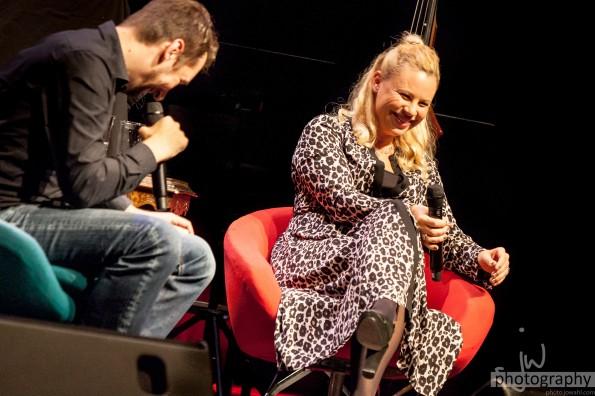 20191013 - Katharina Strasser auf dem roten Stuhl-069