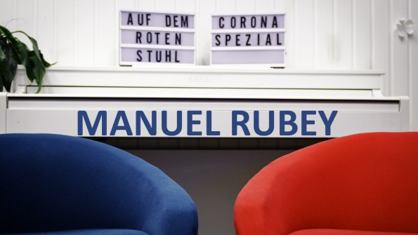 Interview_Manuel_Rubey_YouTube_auf_dem_roten_Stuhl_Corona